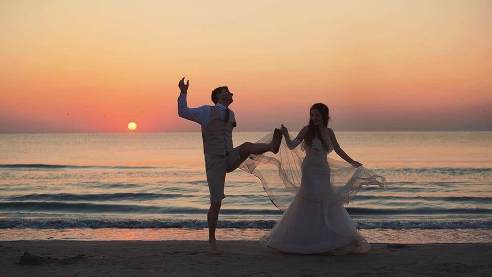 beach wedding motherhood