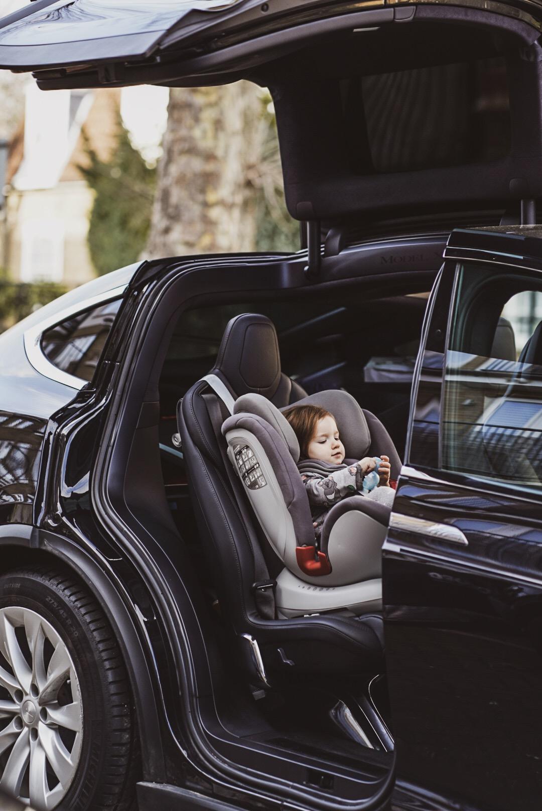 apramo carseat motherhood travel with children road trip